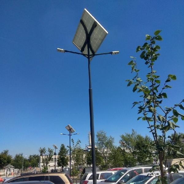 Budapest, Continental, parking lot solar lighting