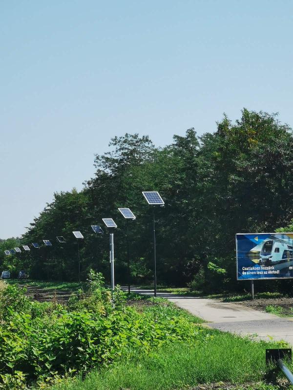 Szolnok, bike path lighting